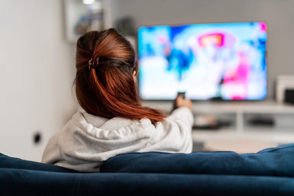 top kanalow tv na ktorych obejrzysz polskie filmy i seriale